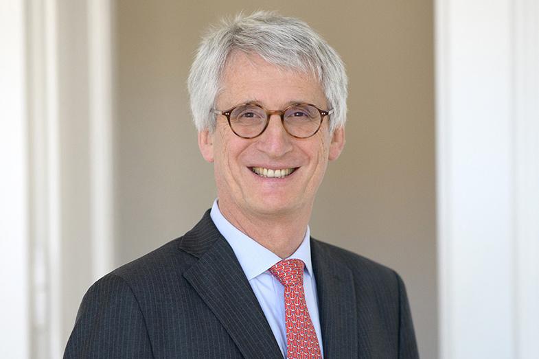 Dr. Klaus von Gierke